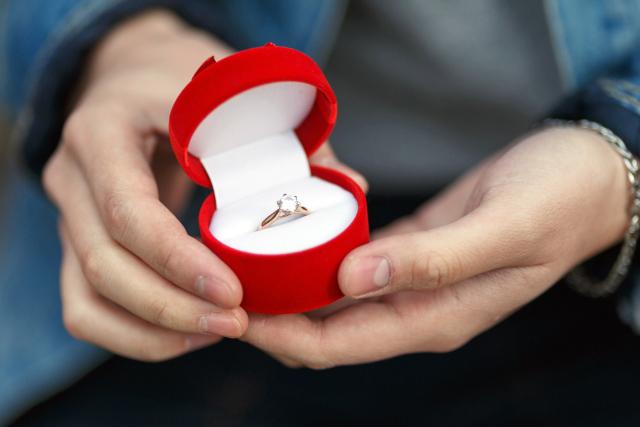 真剣交際・プロポーズのイメージ写真